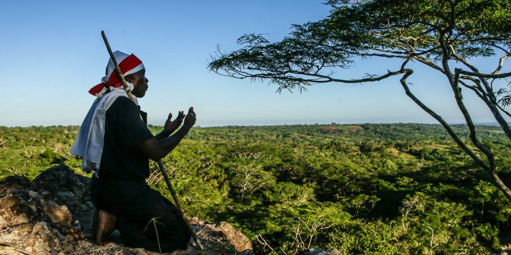 Mzee Sefu during his prayer